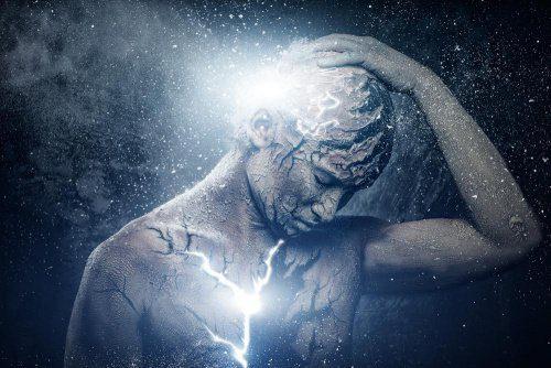 20170830 willyhern39164 id131491 Malas energias 500×334 - Evite absorber Energías Negativas de otras Personas, ¡Tú eres un Ser de Luz! - hermandadblanca.org