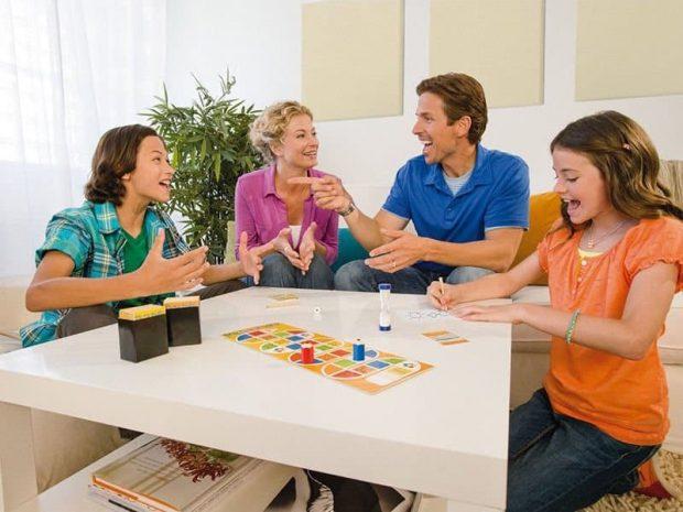 20170903 kikio327154 id131662 imagen 5 - Unidad familiar. Juegos de mesa para la felicidad. - hermandadblanca.org