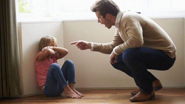 20170918 kikio327154 id132378 IMAGEN 1 - Superar a un padre tóxico parte I: Crecí con un padre sádico - hermandadblanca.org