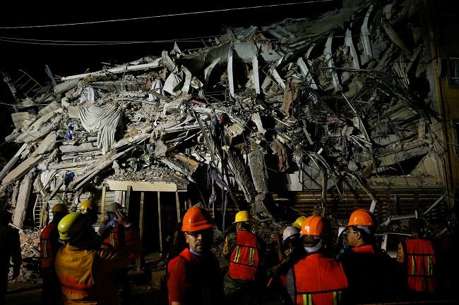20170922 odette289135 id132600 2017 09 20t082034z 1237475923 rc1d070934d0 rtrmadp 3 mexico quake - Tragedia en México. Generamos sociedades preparadas para enfrentar emergencias. - hermandadblanca.org