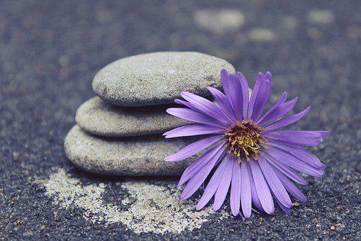 20170925 carolina396 id132827 stones 944149  340 - ¿Cómo logro llevar el yoga a mi vida cotidiana? 5 tips que te ayudarán - hermandadblanca.org