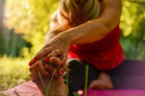 20170925 carolina396 id132827 yoga 2662234  340 - ¿Cómo logro llevar el yoga a mi vida cotidiana? 5 tips que te ayudarán - hermandadblanca.org