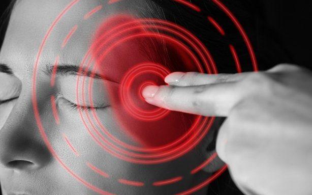 Headache, Monochrome Image - ¿Por qué somatizamos las enfermedades? - hermandadblanca.org
