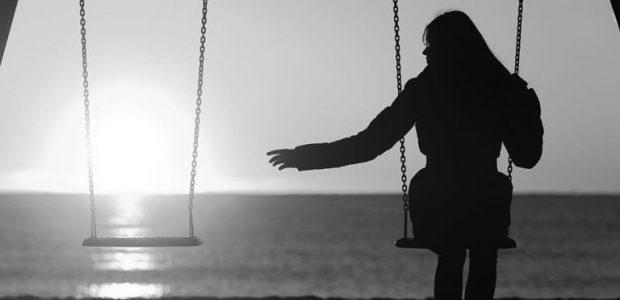 20171030 kikio327154 id134432 imagen 1 - Cómo superar un divorcio parte II: ¿Cómo superar los sentimientos negativos después de un divorcio? - hermandadblanca.org