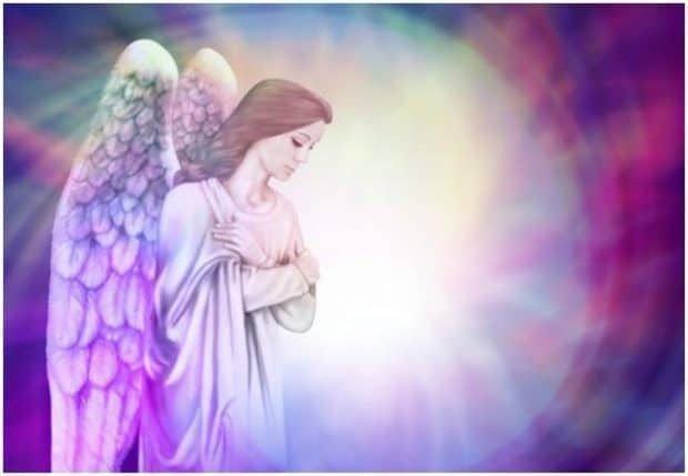 hermandadblanca org 20160827 charles virtue angel corazon 620×429.jpg - María les ofrece su protección y les invita a visualizar la energía dorada y azul - hermandadblanca.org