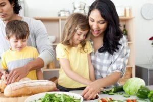 Estrategias para tener tiempo de cocinar desde casa