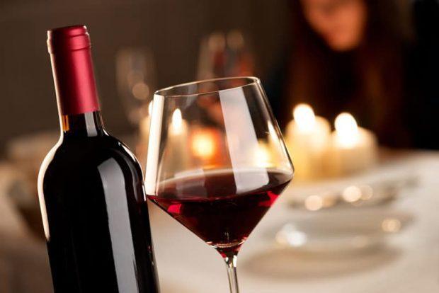 20171210 willyhern39164 id136036 ritual con vino tinto - ¿Cómo Recibir el Año Nuevo 2018? Rituales de Fin de Año - hermandadblanca.org