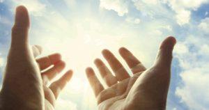 20180122 ana murillo id136880 la fe - La fe, ¿Qué es la fe? La fe es el salto al vacío que se produce cuando el corazón salta desde el precipicio a la nada y simplemente espera para ver qué ocurre. - hermandadblanca.org