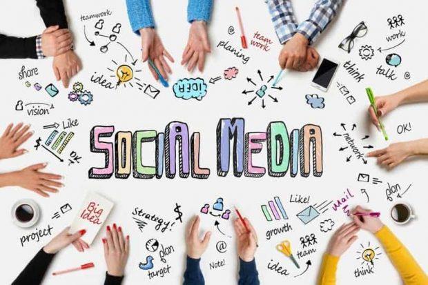 20180123 kikio327154 id137492 espanoles social media 810×540 - Borrador automático - hermandadblanca.org