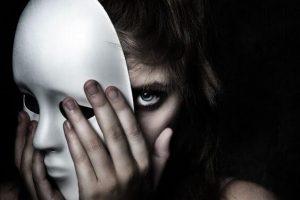 5 Características de las personas malvadas y cómo detectarlas
