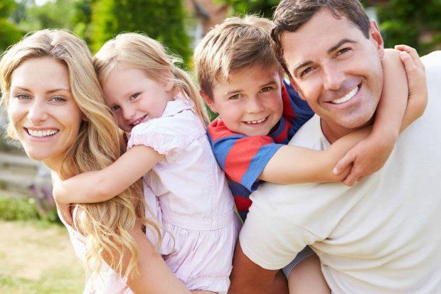 patriciagambetta id144775 familiafeliz - El Secreto de la Felicidad - hermandadblanca.org