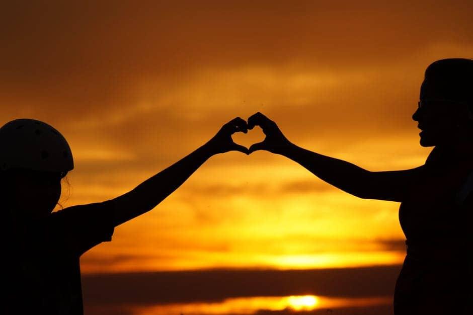 20180314 carolina396 id145065 pexels photo 256807 - Mensaje de Sai Baba: Llevar amor a donde hay odio - hermandadblanca.org