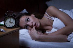 ¿Sueles Despertar en la Madrugada entre las 3h y las 5h? Un Poder Superior desea darte un Mensaje Importante para Ti