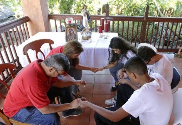 id147951 3 - Reuniones de familia: situación ideal para solucionar conflictos - hermandadblanca.org