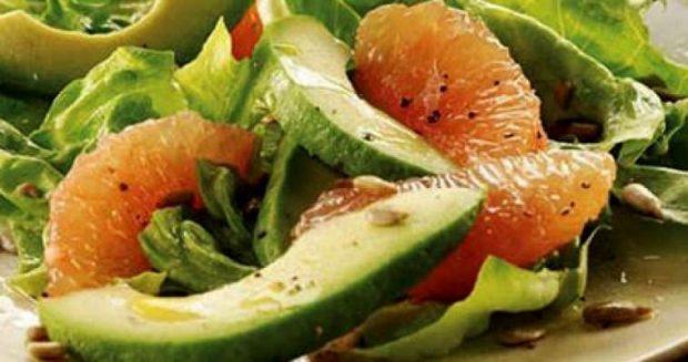 4 reduce grasa acumulada en abdomen con toronja y aguacate. ID148769 - hermandadblanca.org