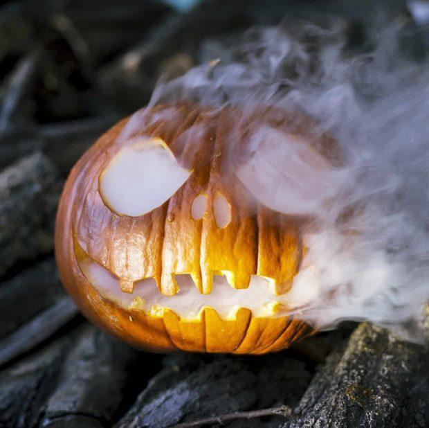 calabza de halloween humo–ID149347 - hermandadblanca.org