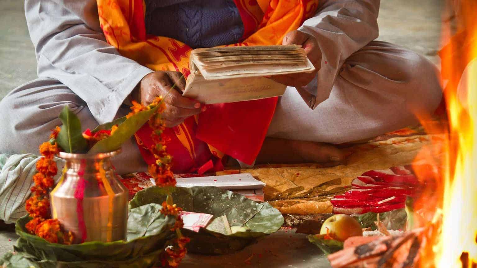vedas ¿quieres lograr prosperidad para tu vida? desde la sabiduría hindú  ID149985 - hermandadblanca.org
