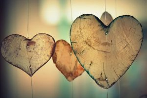 Amor: Reflexiones sobre el poder del amor como paradigma de vida y comunión con el universo