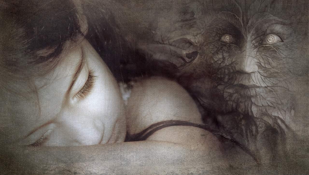 sueños recurrentes acechan