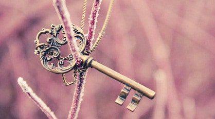 usted tiene la llave de su vida no tenga miedo de quitarse las capas que pesan sobre usted, ya que la  ID152409 - hermandadblanca.org