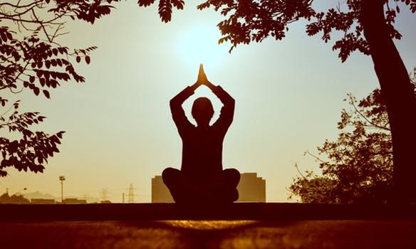 pexels photo 1051838 mensaje de jesús. la tríada: oración, meditación, ritual sagrado ID154755 - hermandadblanca.org