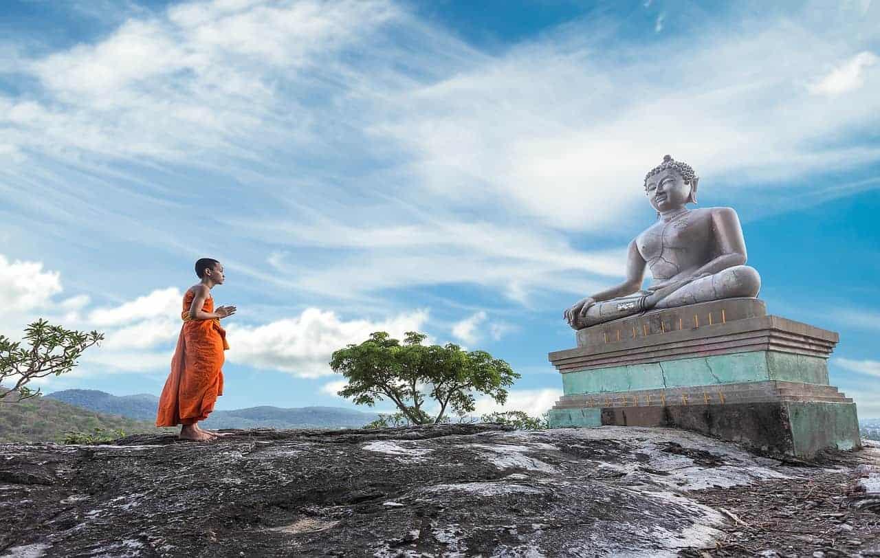 monje y buddha
