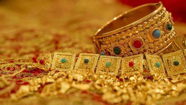 corona oro en multiples herramientas para generar riqueza múltiples herramientas para generar riqueza ID156243 - hermandadblanca.org