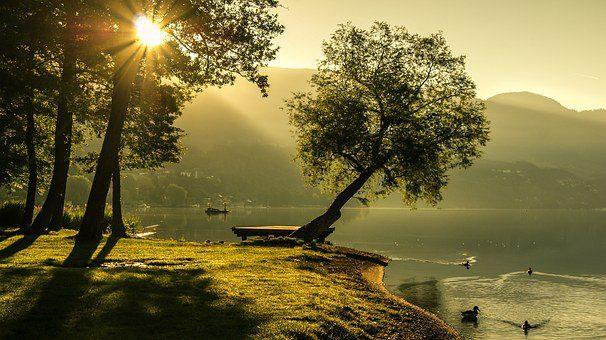 landscape 1192669 340 despertando la iluminación, mensaje de los seres blancos celestiales ID155447 - hermandadblanca.org
