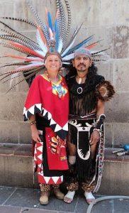 abuelos3 danza dual de luna: equilibrio del divino masculino y femenino en acci ID157549 - hermandadblanca.org
