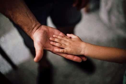 pexels photo 1250452 madre maría universal: tranquiliza y nutre a tu niño interior ID160609 - hermandadblanca.org