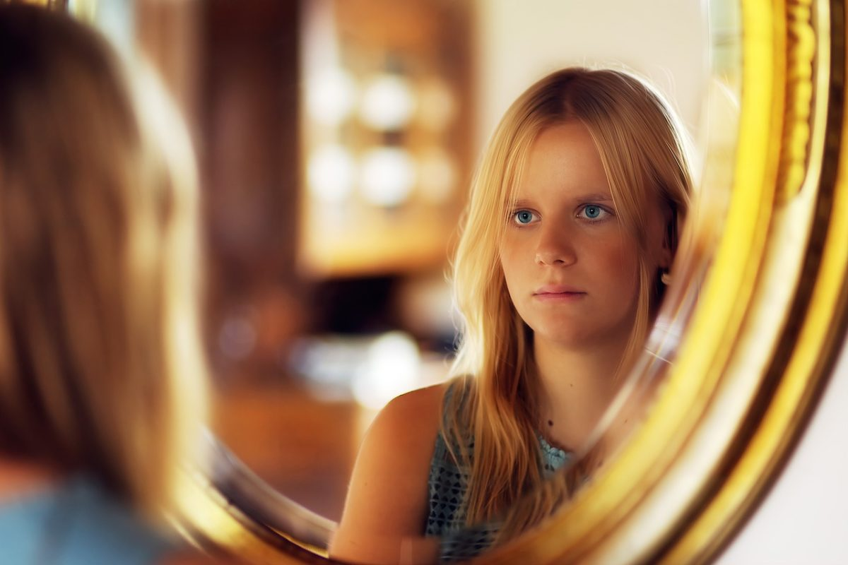 girl 3801536 1280 sentirse víctima ID164147 - hermandadblanca.org