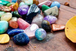 Cristales Sanadores: ¿Cómo Mantener y Cuidar Nuestros Cristales?