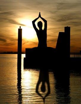 meditation buddha yin and yang buddhism 56006 arcángel gabriel: manténte en un equilibrio pacífico y alegre ID166839 - hermandadblanca.org