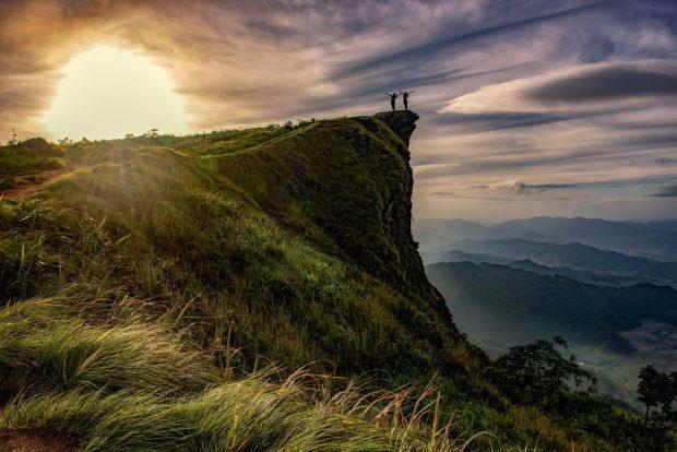 personas en la cima de la montana en descarga gratuita de libro de pilotajes de prosperidad descarga gratuita de libro de pilotajes de prosperidad ID168694 - hermandadblanca.org