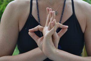 Significado de los Mudras: La importancia de los gestos de la mano en nuestras meditaciones