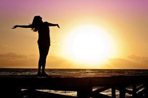 ¿Deseas triunfar en tu vida? Inicia por descargar estas poderosas afirmaciones positivas