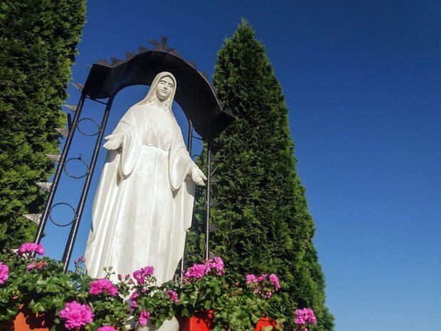 divina madre mensaje de madre divina: está llegando el tiempo del amor, desechen e ID171170 - hermandadblanca.org
