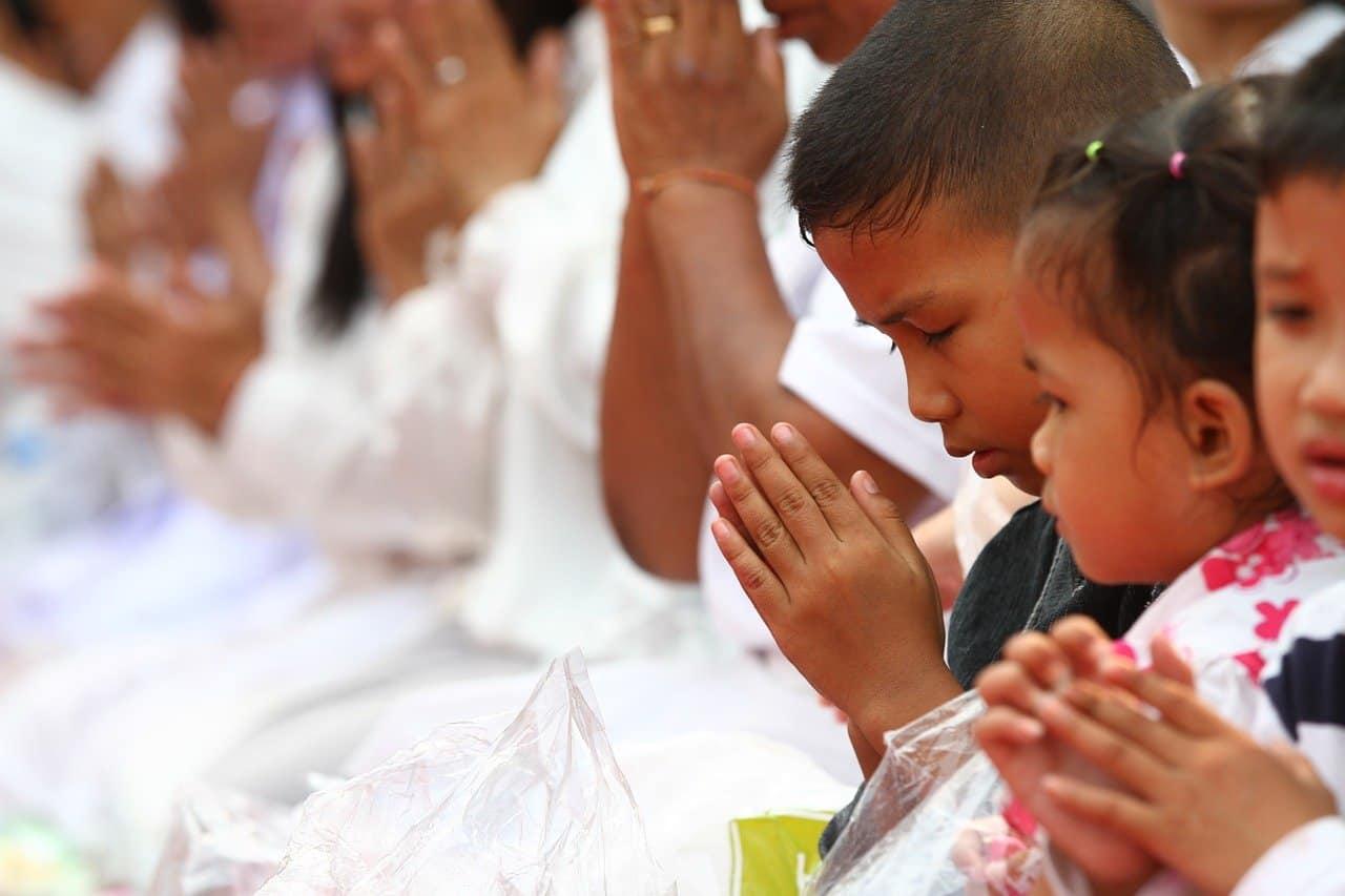 oracion para bendecir el dinero lograras pagar todas tus necesidades y lo disfrutaras en abundancia borrador automático ID171090 - hermandadblanca.org