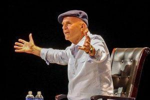 5 datos fabulosos sobre el Gran Escritor Wayne Dyer