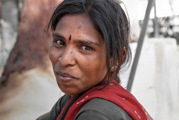 mujer de la india feliz en no soy feliz y me siento cada vez peor como puedo ser un poquito mas feliz no soy feliz y me siento cada vez peor ¿como puedo ser un poquito mas ID173997 - hermandadblanca.org