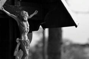 Jesús crucificado- hermandadblanca.org