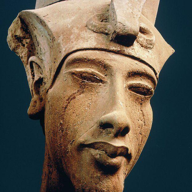 maestroakhenaton maestro akhenaton. canalización de henrique rosa. ID174547 - hermandadblanca.org