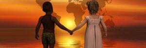 ninos agarrados de las manos mensajes del cielo: ¡que el amor ilumine este mundo! ID201477 - hermandadblanca.org