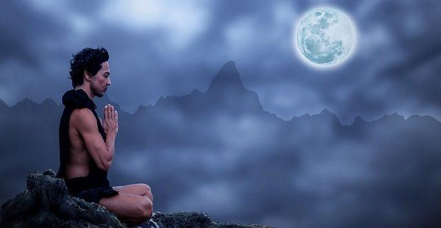 beneficios de meditar ¿qué es la meditación y cómo afecta a nuestros cerebros? ID206527 - hermandadblanca.org
