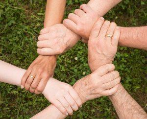 apoyo familiar psicoterapia familiar sistémica: conoce sus principios ID209025 - hermandadblanca.org