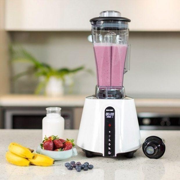 biochef living food blender berry smoothie 630x630 zumos batidos y cremas crudas i211376