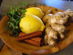 lemon 1617434 640 infusiones afrodisiacas pruebe 9 deliciosas formas de compartir i211359