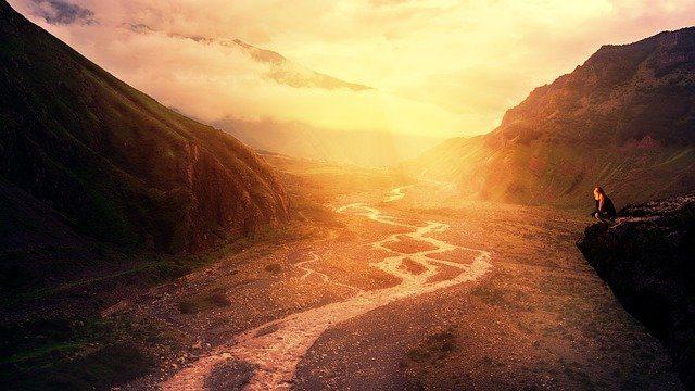 sunset 3134238 640 arcangel miguel deja de pensar tanto y relajate i212022