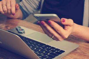 Gwendolyn Seidman – ¿Utilizar aplicaciones móviles de citas puede ser adictivo?