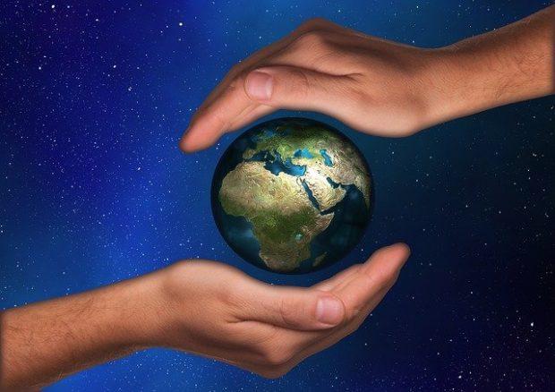 protection 442906 640 todo el mundo necesita amor y reconocimiento i214357